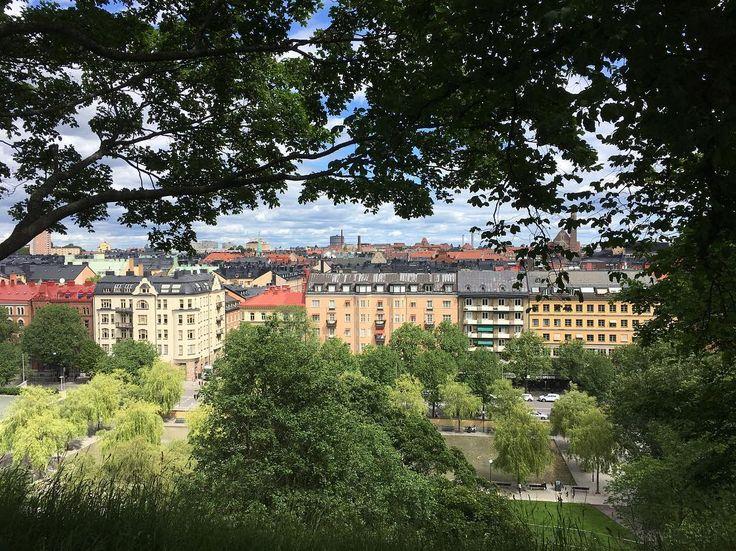 Går i en av mina karaktärers fotspår idag. ����☕️����#jagskriver #novell #skriver på #bok #författare #novellist #skrivarliv #sommar i #stockholm #realstockholm #stockholminsta http://misstagram.com/ipost/1546386489716558883/?code=BV13lG9BMwj