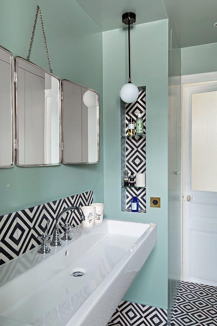 303 mejores im genes sobre bathrooms badezimmer ba os for Azulejos vintage bano