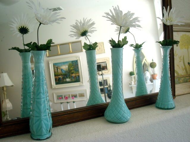 paint on the inside of misc. glass vases creates a cohesive collection. Love.