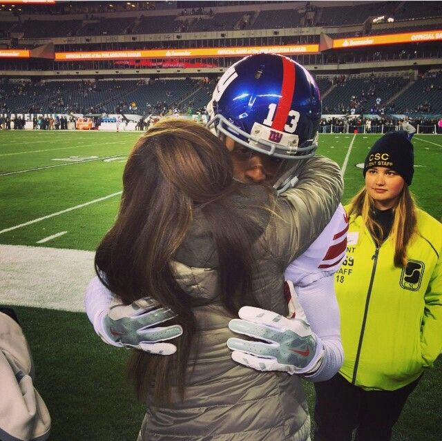 Awwww Odell and his mom