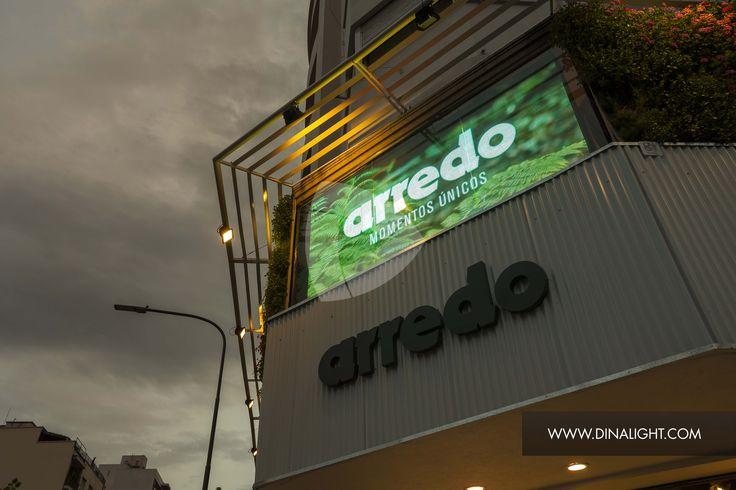 Pantalla LED, Local Arregdo, Lacroze y Cabildo.  #dinalight #arredo #pantallas #led #outdoor #publicity #tecnologia