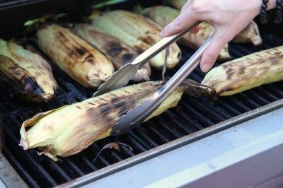 grilled_corn_in_the_husk_2