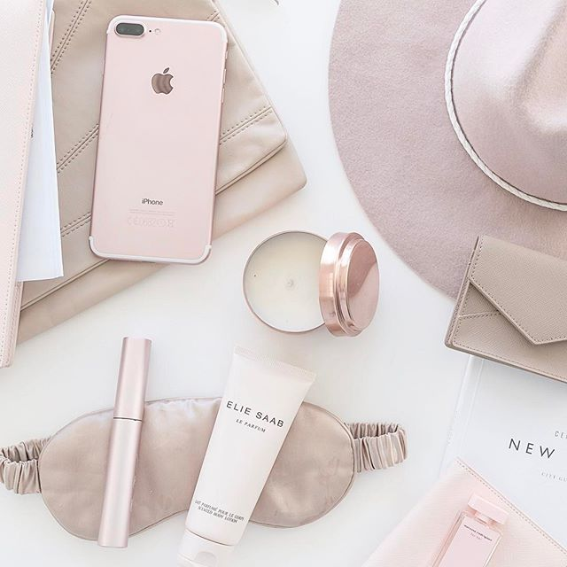 Travel essentials flatlay. Styling and photography by Justine Ash.