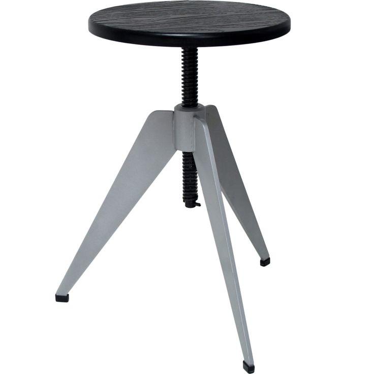 Round Metal Seat • WOO Design
