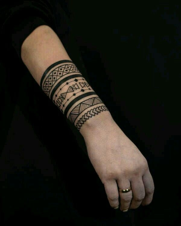Pin By Violet Cross On Tattoo Designs In 2020 Arm Band Tattoo Tribal Arm Tattoos Tribal Armband Tattoo