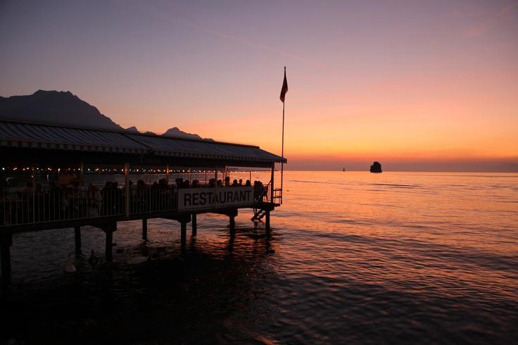 Sunset in Villeneuve, Vaud, Montreux Riviera  © Christof Sonderegger