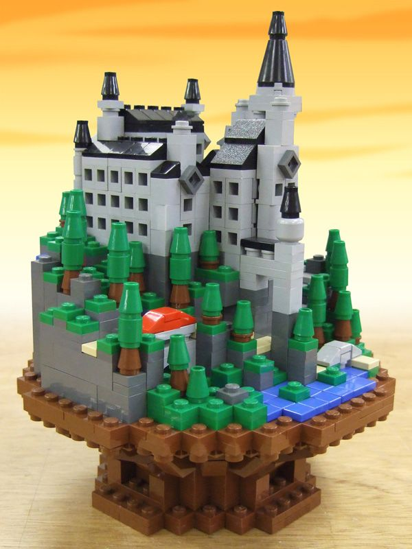Microcastle (by Takeshi Itou) #LEGO