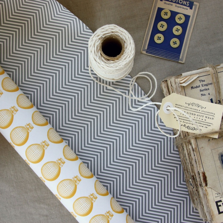 Image of 3 pack Double Sided Gift Wrap - Hot air balloon/Zig Zag