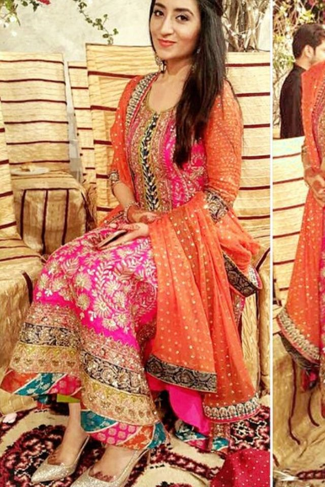 Mehndi Outfits For Guests : Images about mayun mehendi on pinterest bridal