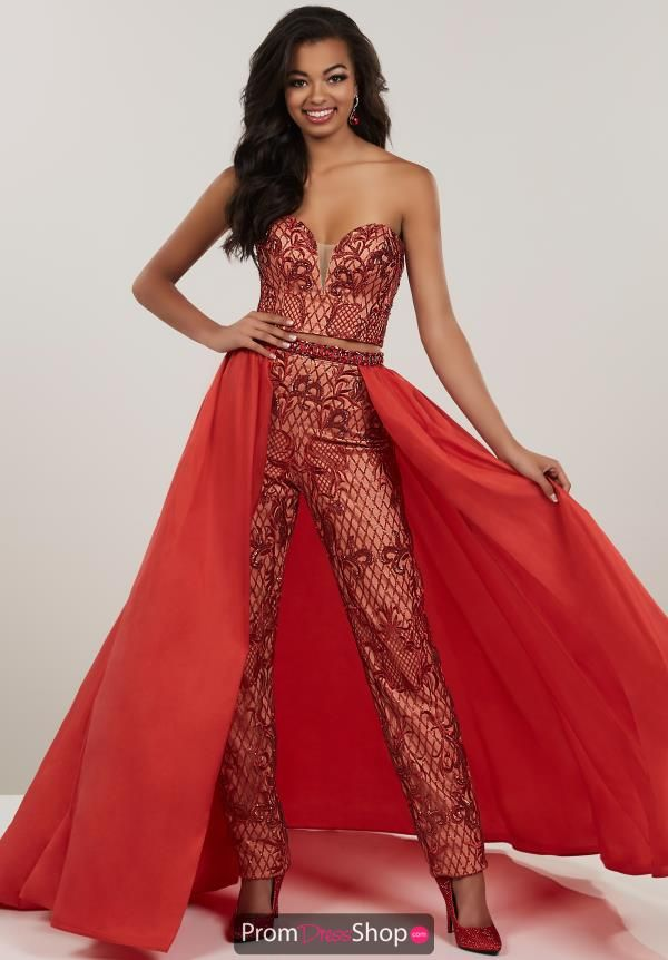 1fb8e54067 Be a trend setter at your upcoming social occasion walking in wearing this  two piece pant suit 14952 by Panoply. The stunning piece showcases a  sweetheart ...