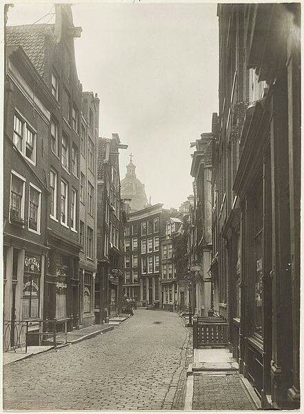 1940's. The Zeedijk is a street in the center of Amsterdam. The street runs from the Prins Hendrikkade to the Nieuwmarkt. The Zeedijk is also the heart of the Chinese neighborhood. There are many stores and restaurants in the street. The Bocht van de Zeedijk was in the 17th century one of the most respectable places where one could live. After the construction of the Herengracht many rich merchants moved and the area became an entertainment area for sailors. #amsterdam #1940 #zeedijk
