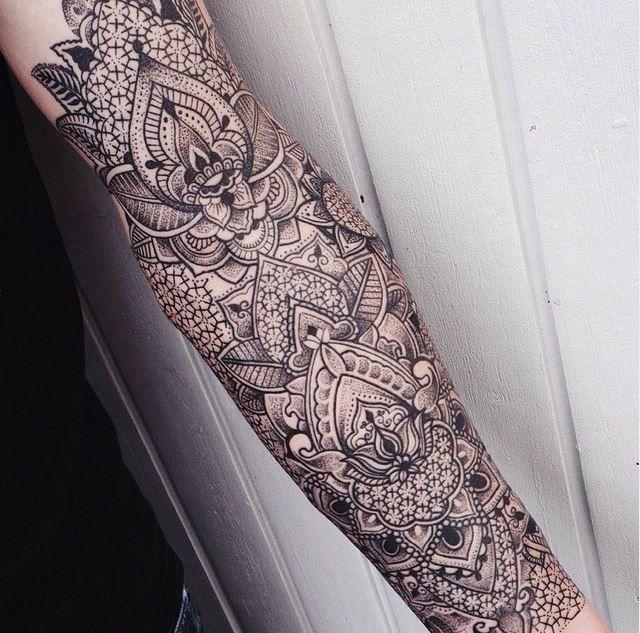Jessica Svrtvt. tattooing at rabauke tattoo, ulm since '14. contact via…