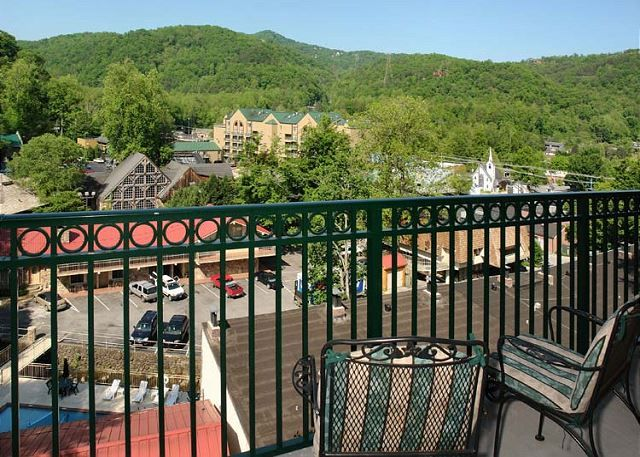 Serenity Now is the perfect condo fo your next Gatlinburg vacation!