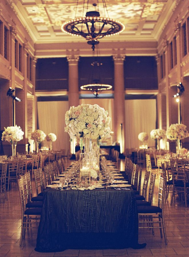 Black and gold wedding reception decoration | fabmood.com