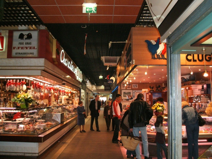 Les Halles de Lyon - Eat your heart out.  Food to die for
