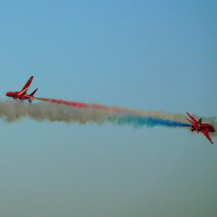 Two ''Hawks'' of the Red Arrows team demonstrating their awesome coordination skills.