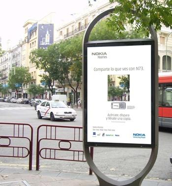 El mobiliario urbano de JCDecaux se convierte en un fotomatón gigante gracias a Nokia
