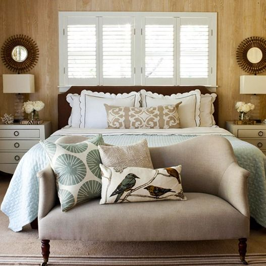 five ways to make a bed beautiful & relaxing