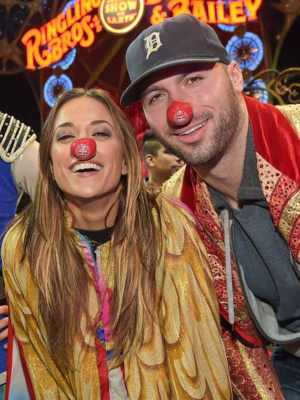 Star Tracks: Monday, January 26, 2015 | CLOWNING AROUND | Singer Jana Kramer and her fiancé Michael Caussin engage in a little funny business during a charity performance of the Ringling Bros. and Barnum & Bailey Circus Legends show in Nashville on Friday.