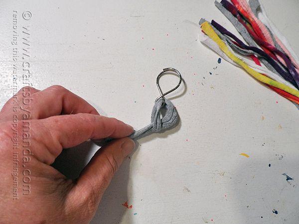 How to make a T-shirt Bone Braid Keychain by @amandaformaro - Crafts by Amanda