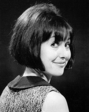 A young Una Stubbs (Mrs. Hudson)