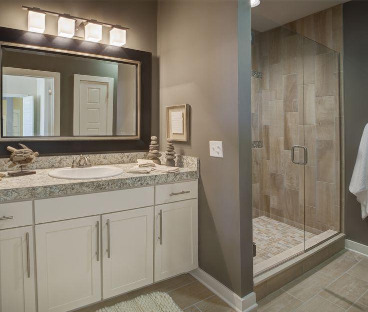 Zircon craftsman c2 floor plan owner 39 s bath falcon ridge for Bathroom remodel evansville in