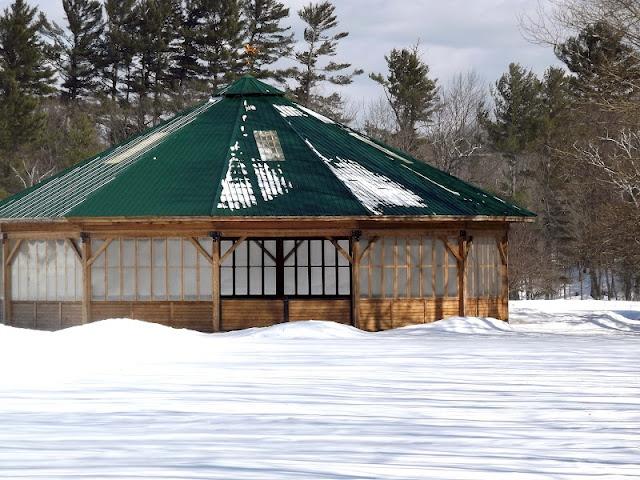 covered round pen...looks like huge gazebo! (Kingfield, Maine)