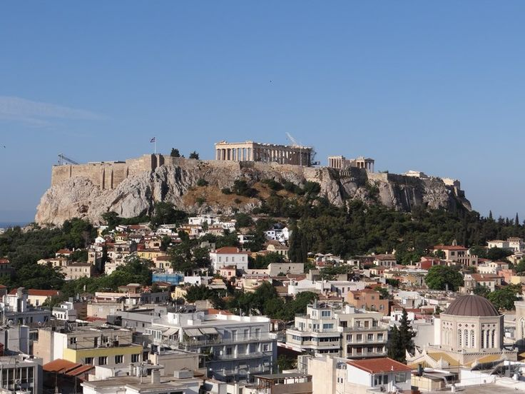 Athens, the place where democracy and European architecture were born. Read more: http://www.imperatortravel.ro/2016/05/city-break-blue-air-atena-locul-de-nastere-al-arhitecturii-europene.html