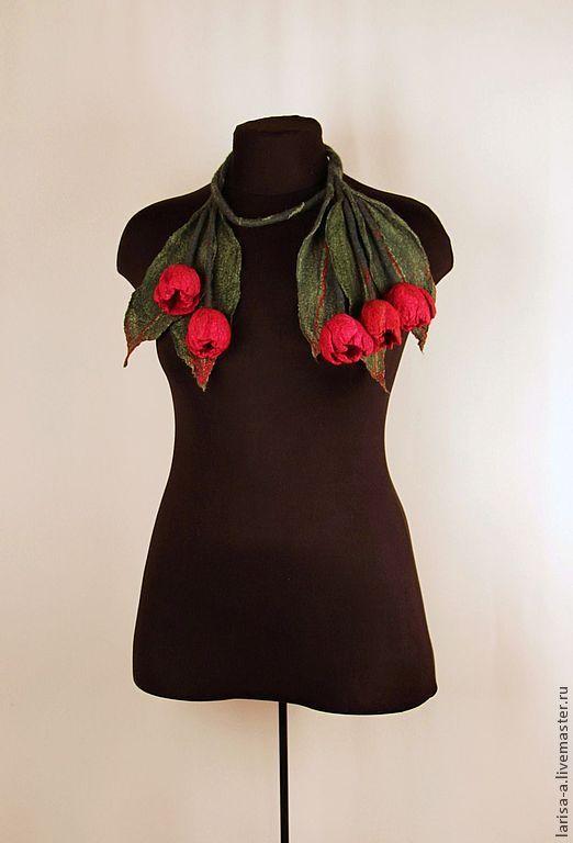"""Купить Валяное колье """" Красные тюльпаны"""". - украшение, Украшение ручной работы, колье"""