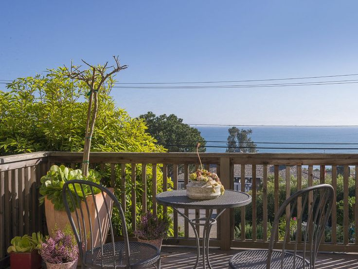 25 best ideas about santa barbara vacation rentals on for Santa barbara vacation ideas