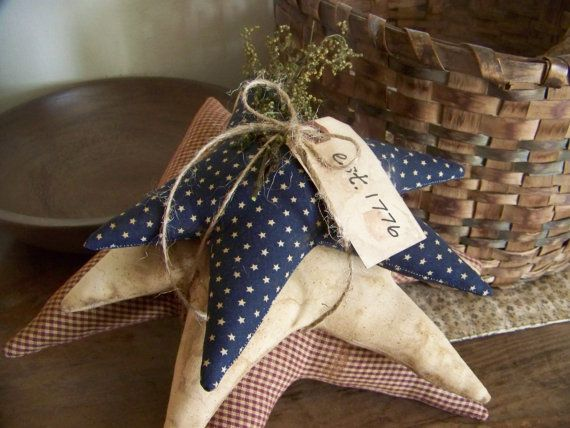 This set of 3 primitive stars would be a wonderful addition to any Americana display or would work just as well on its own all throughout the