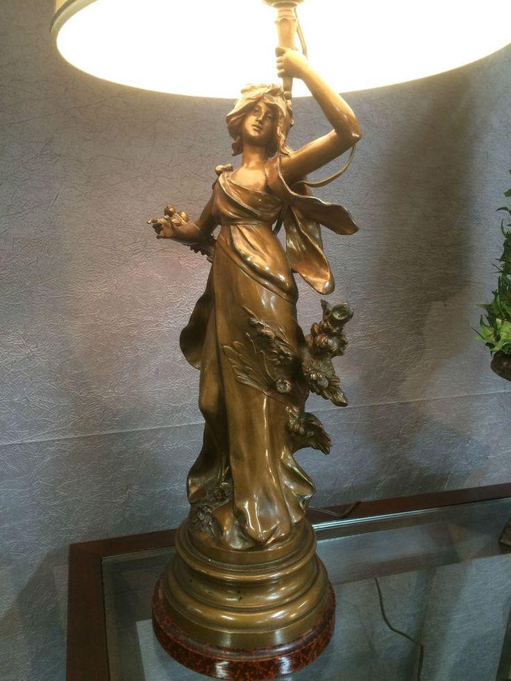 d tails sur grande statue patine bronze mont e en lampe. Black Bedroom Furniture Sets. Home Design Ideas