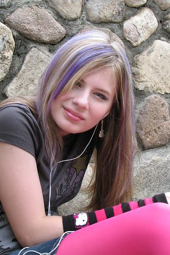 Greatest Lengthy Blonde Hairstyles with Purple Streaks - Curly ...