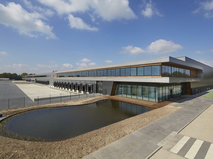 Case Study Focus: New Logic II Tilburg