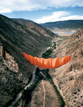 Valley Curtain, Colorado.  Christo and Jeanne Claude  #artist #environment
