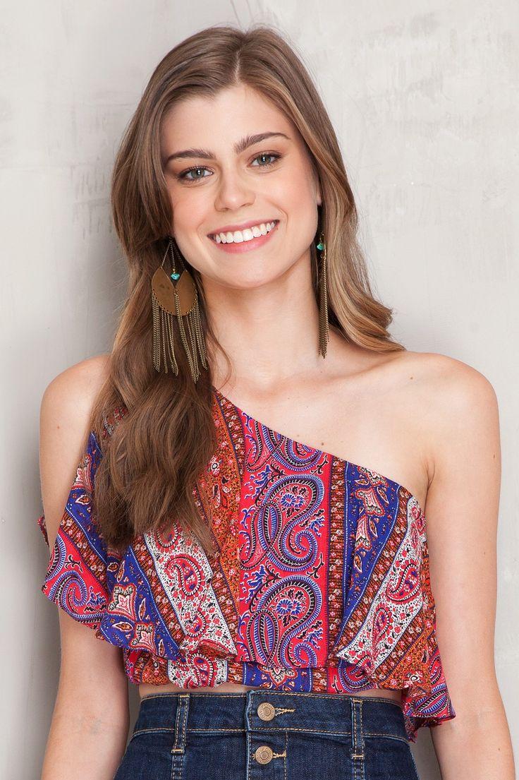Blusa cropped um ombro estampada sand   Dress to