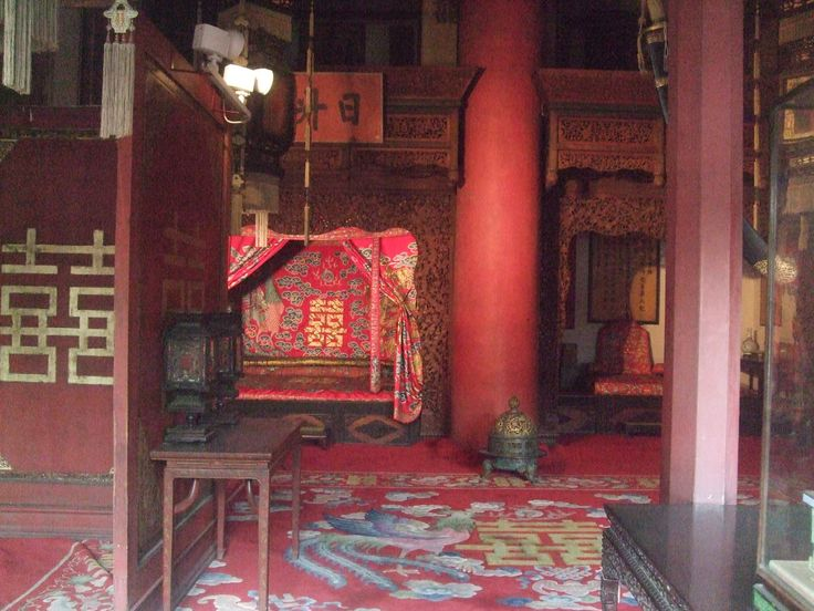 Bedroom in the Forbidden City, Beijing