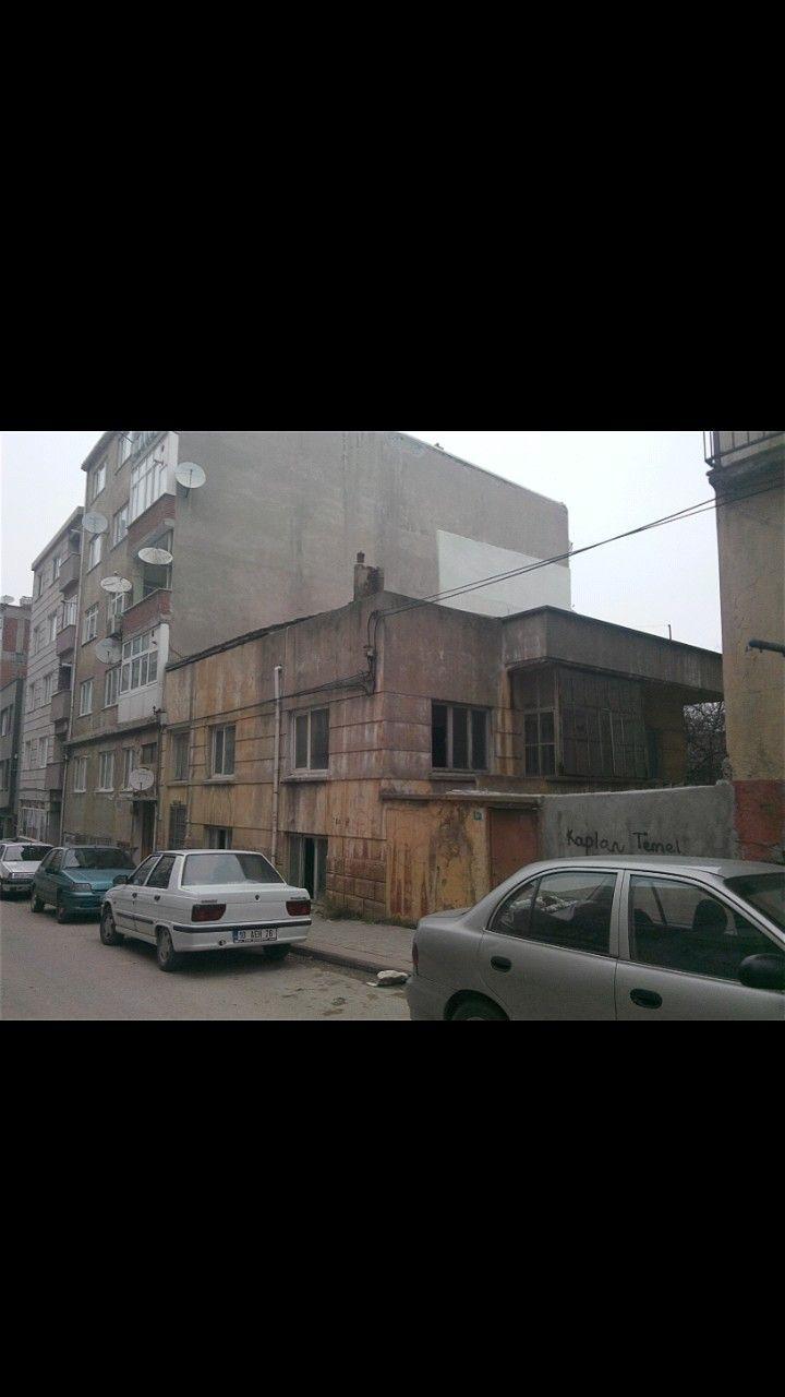 Old house-Hacı Keşfettin street-17 Eylül neighborhood-Bandırma-Balıkesir
