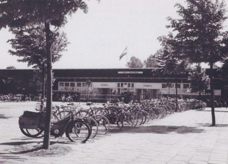 Amsterdam, Jan van Galenbad, jaren 60