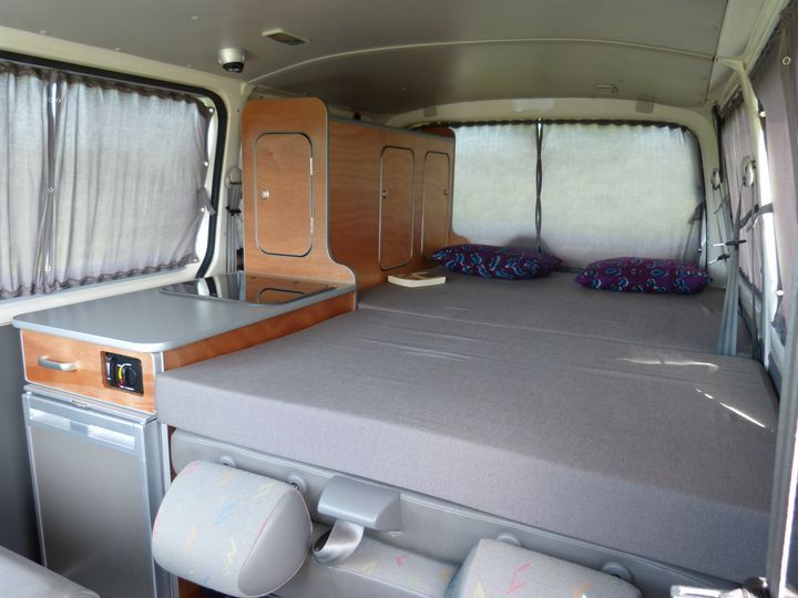 Les 25 meilleures id es de la cat gorie van am nag sur for Amenagement interieur camping car