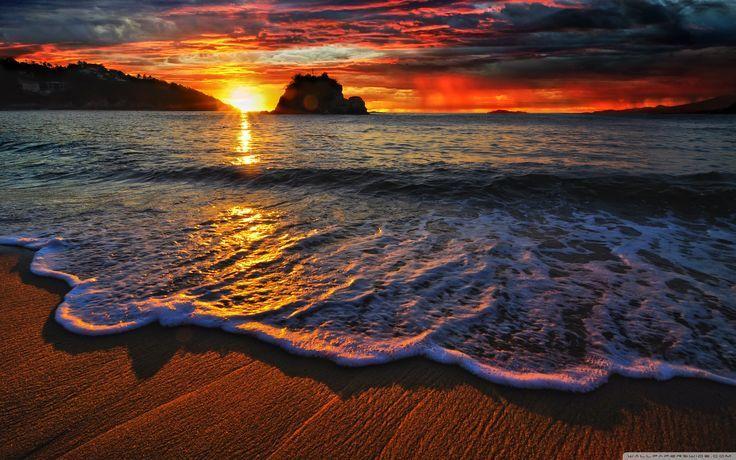 The biggest cliche in photography is sunrise and sunset. -Catherine Opie #EnjoyAcapulco #EnjoyBpichilingue #AcapulcoSunsets