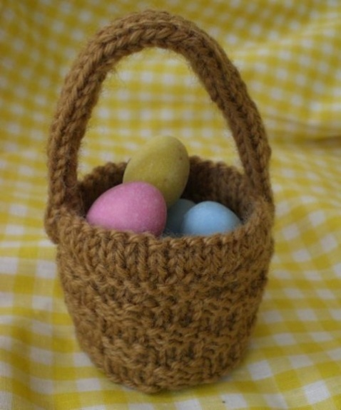 Pattern For Knit Infinity Scarf : 1000+ images about easter crochet and knitting on Pinterest Easter bunny, K...