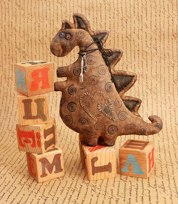 Первобытный Дракон Скульптура Динозавра Хэллоуин Декор Крайней Примитивный Народного Искусства Декор Милый Монстр Примитивные Куклы Текстильные Животного