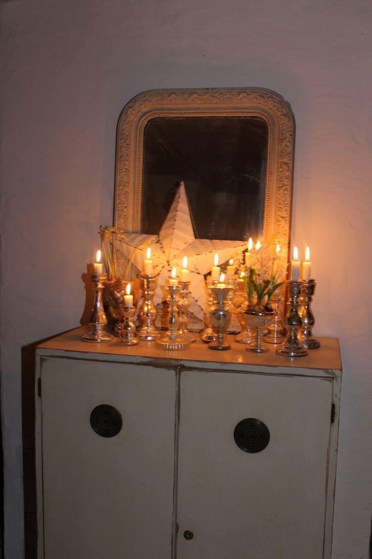 Barnstar among silverglass