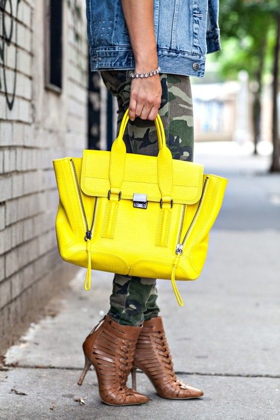 An electric lemon carryall brightens up every last bit of June gloom.