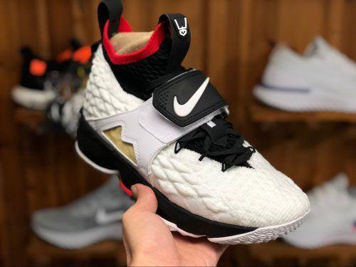 low priced b1725 1dc92 Nike LeBron 15 Primetime By Diamond Turf AO9144-100-3