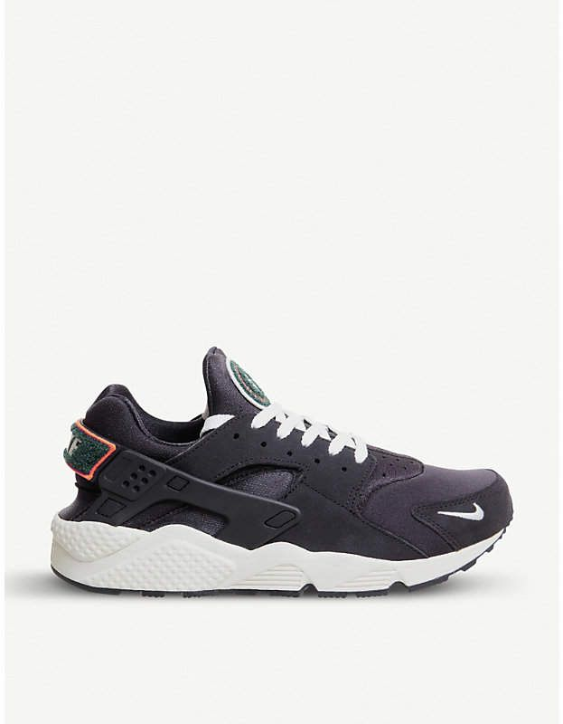 109 00 Nike Air Huarache Suede Trainers Nike Suede Sneakers Lace Up Fastening At Front Round Toe Ou Huaraches Nike Air Huarache Suede Trainers