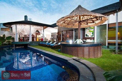 Villa Brasari offers everything you would expect from a holiday villa. Four large bedrooms consisting of three queens plus a quad room (4 singles). Located in the quiet seminyak suburb of Umalas in Jalan Bumbak within easy access to all that Bali has to offer.