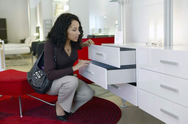 Best Times to Buy Furniture When Redecorating