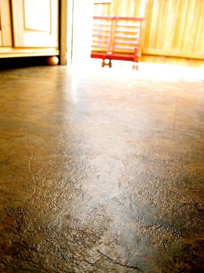 New And Easy To Clean Vinyl Floors That Look Like Stone